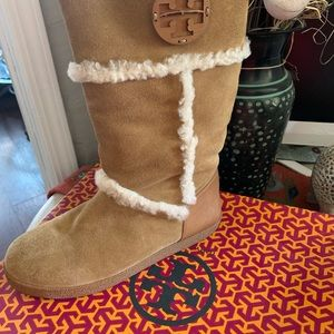 Tory Buch Amelie Suede boots